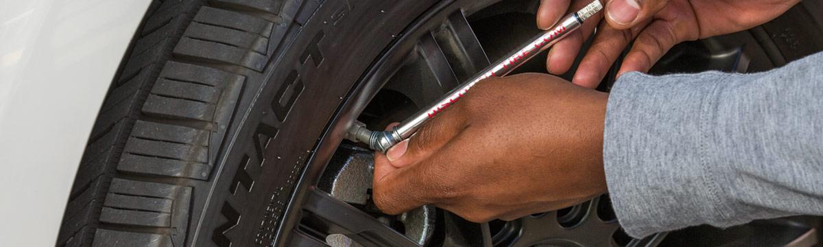 half off b6e0c 8b9c6 Recommended Tire Pressure   Proper Tire Air Pressure   Discount Tire