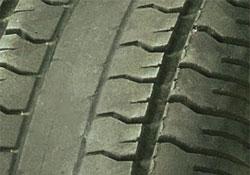 Center of tire wear